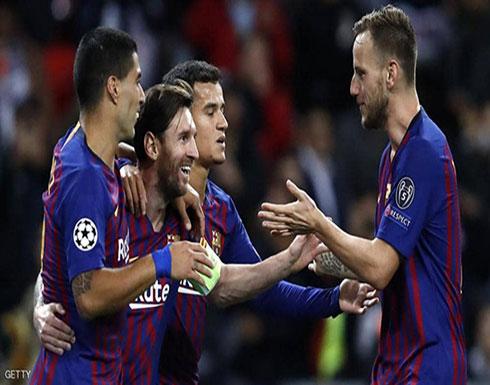 """صفقة صادمة على الطريق.. برشلونة يلهث وراء """"جلاده"""""""