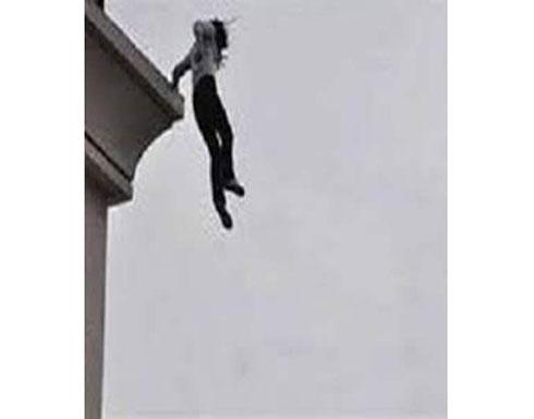 «الموت أهون من الفضيحة».. مصرية تلقي نفسها من شقة دعارة هربا من الشرطة
