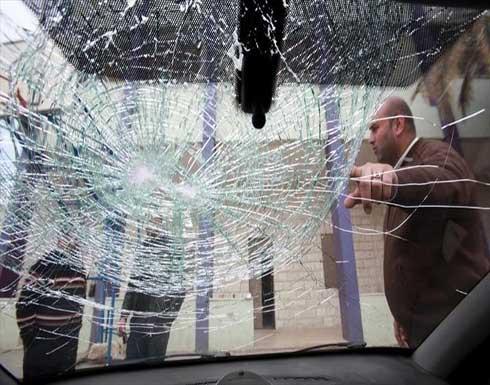 مستوطنون يرشقون مركبات فلسطينية بالحجارة شمالي الضفة