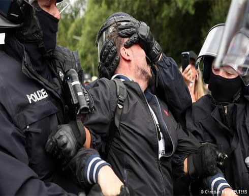 شاهد : صدامات بين رافضين لتدابير الإغلاق والشرطة الألمانية