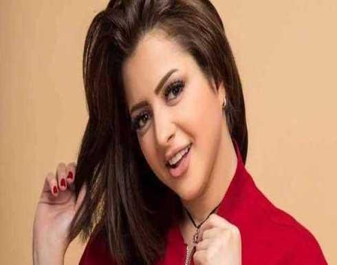 """بطلة الافلام المخلة تهنئ متابعيها بحلول شهر رمضان بـ""""الحجاب"""""""