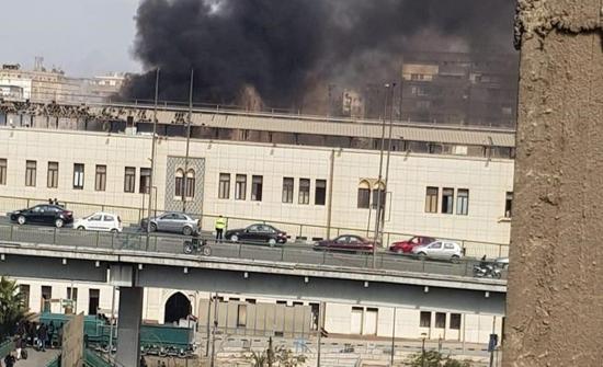 مصر.. قتلى وجرحى إثر حريق ضخم بمحطة قطارات رمسيس