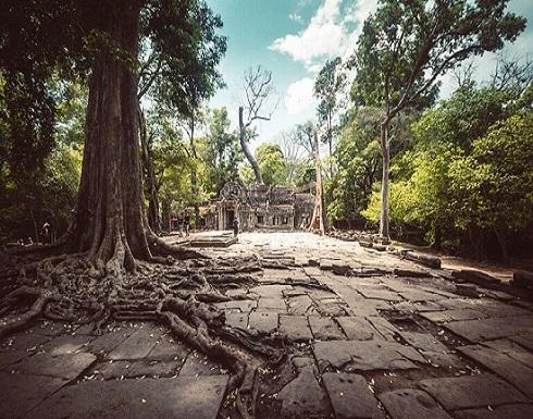 """استكشاف """"مدينة مفقودة"""" مخفية تحت غابة كمبودية"""