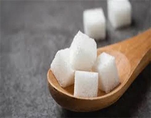 يصيب بأمراض القلب.. نوع من السكر خطر على صحة طفلك