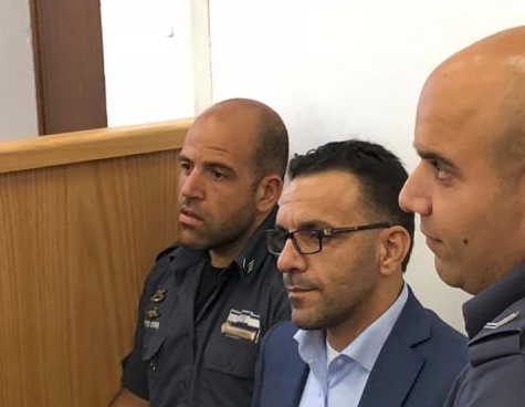 قرار عسكري بمنع محافظ القدس دخول الضفة