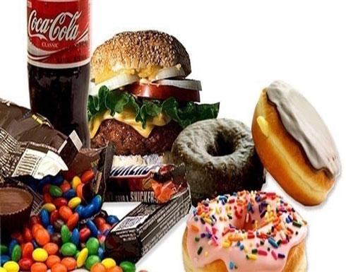 كيف تؤثر السكريات على نمو السرطان؟