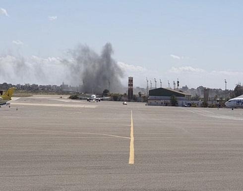 حفتر يقصف مطار معيتيقة بأول أيام العيد.. والجيش الليبي يرد