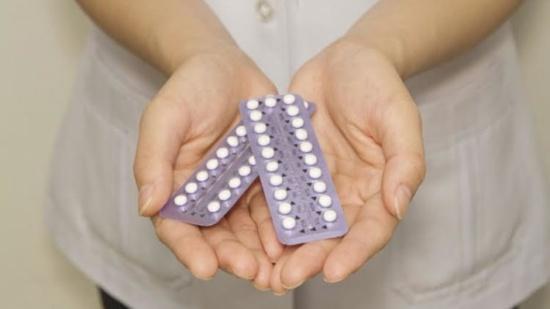 دراسة جديدة تكشف فوائد حبوب منع الحمل !