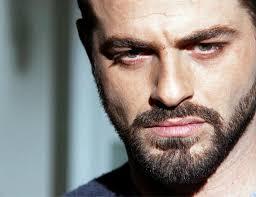 يوسف الخال: أنا مش لبناني!