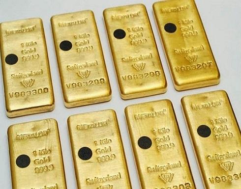 الذهب يتخطى خسائره بعد تحذير أميركا من ضعف نمو الاقتصاد