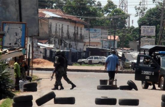 مقتل نحو 100 جندي في هجمات نفذها مسلحون في نيجيريا