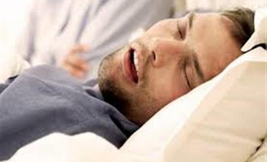 دراسة بريطانية تكشف عن أسلوب جديد لعلاج الشخير أثناء النوم