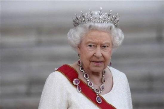 بالأرقام - كم تبلغ ثروة الملكة إليزابيث الثانية؟