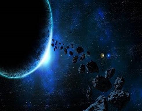 ناسا تكشف عن صورة مثيرة لكويكبين ضخمين في حزام الكويكبات
