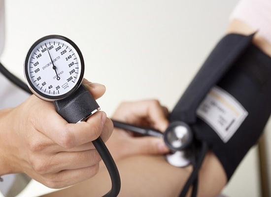 20 وجبة مفيدة لمن يعانون من ارتفاع ضغط الدم