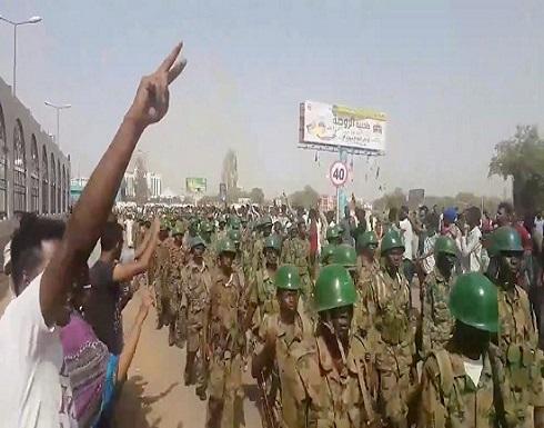 الجيش السوداني يعلن تشكيل مجلس انتقالي في البلاد
