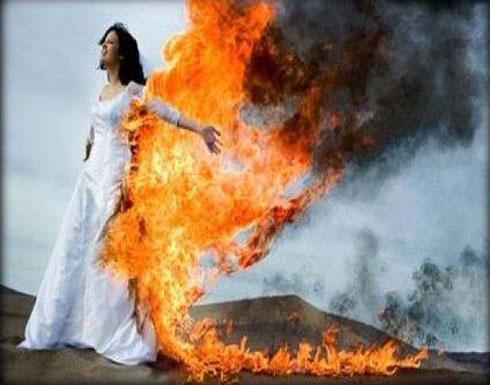 رجل يشعل النار فى امرأة رفضت الزواج منه فى بيرو