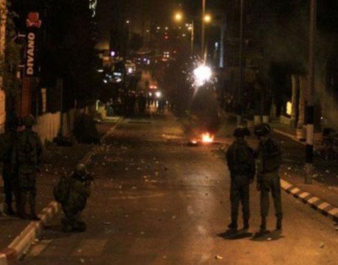مواجهات بين شبان وقوات الاحتلال وسط رام الله (شاهد)