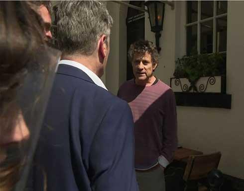 شاهد : زعيم حزب العمال البريطاني يشتبك مع صاحب محل بسبب فرض الحجر