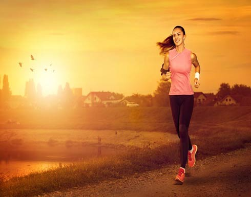 الركض اليومي يُبعد عنك هشاشة العظام... والمدة التي تحتاجين إليها ستصدمك