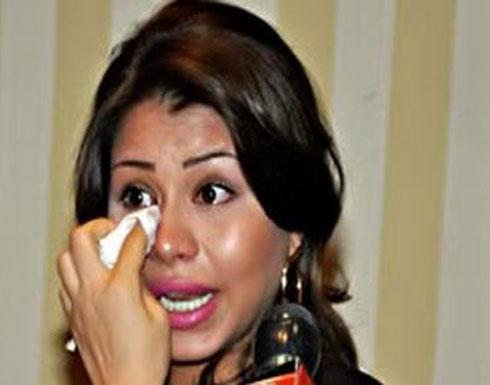 """شيرين تبكي في مداخلة هاتفية.. وزوجها يكشف كواليس """"التسجيل"""""""