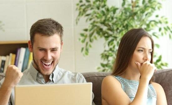 أمور شائعة تصيب الزوجات بالإحباط