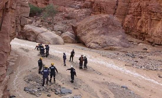 استكمال عمليات البحث والتفتيش في البحر الميت