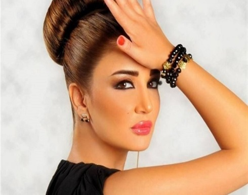 """جيهان عبد العظيم تعلن انفصالها عن زوجها عبر """"فيسبوك""""! (صورة)"""