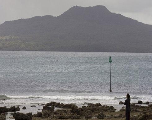 رصد أمواج تسونامي بعد سلسلة زلازل عنيفة قبالة نيوزيلندا.. فيديو