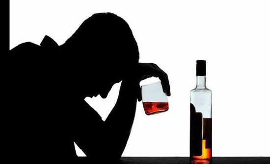 حالة وحيدة يجوز فيها للمسلم شرب الخمر.. ما هي؟