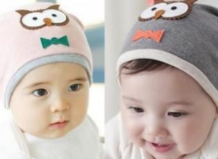 """البساطة والنعومة في قبعات الأطفال """" صور """""""