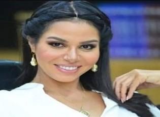 نسرين أمين تهاجم ياسمين صبري ودينا الشربنيي ومي عمر.. فيديو