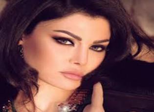 """عراك بالأيدي بين هيفا وهبي وممثلة مصرية شهيرة في كواليس """"الحرباية"""""""