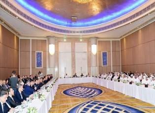 افتتاح ملتقى القطاع الخاص الإماراتي السوري في أبوظبي