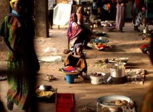 تقرير دولي: نصف سكان العالم يعيشون بأقل من 6 دولارات يوميا