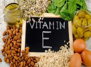 """احذر.. نقص """"فيتامين E"""" قد يسبب العمى الليلي وتلف الأعصاب"""