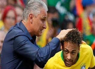 تيتي: نيمار أيقونة لكن منتخب البرازيل قوي من دونه