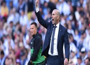 """أولى أزمات زيدان.. تمرد من نجم ريال مدريد """"المشاكس"""""""