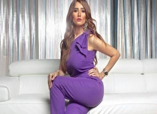 زينة تطلب من جمهورها الدعاء لشقيقتها المتهمة بالحبس 6 أشهر .. شاهد