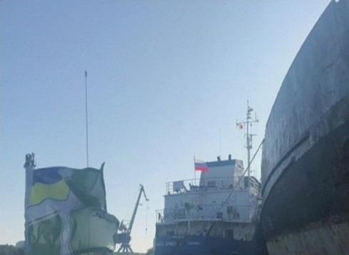 أوكرانيا: احتجاز ناقلة نفط روسية بسبب تقييد حركة السفن الأوكرانية