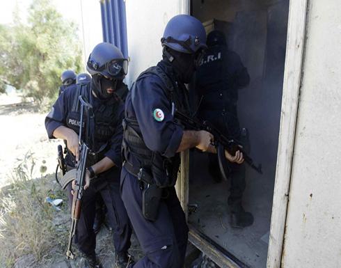 الشرطة الجزائرية تسترد أكثر من مئة قطعة أثرية بفضل فيسبوك