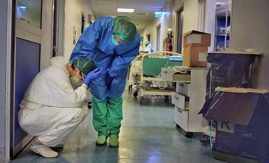 بلجيكا تجبر الأطباء المصابين بكورونا على مواصلة عملهم