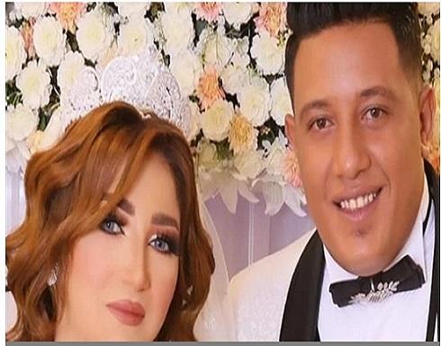 بالصور.. حمو بيكا يفاجئ عروسه في حفل زفافهما بسيارة فخمة