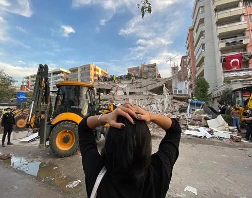 عشرات القتلى و مئات الجرحى لقوا حتفهم جراء زلزال ازمير