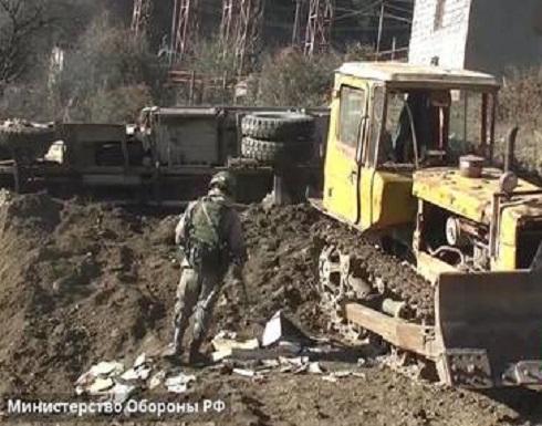 شاهد : الجنود الروس يشاركون في نزع الألغام في قره باغ