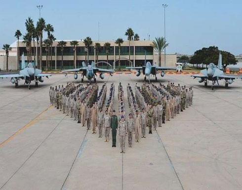 مناورات عسكرية سعودية بريطانية ضخمة في قاعدة الملك فهد الجوية