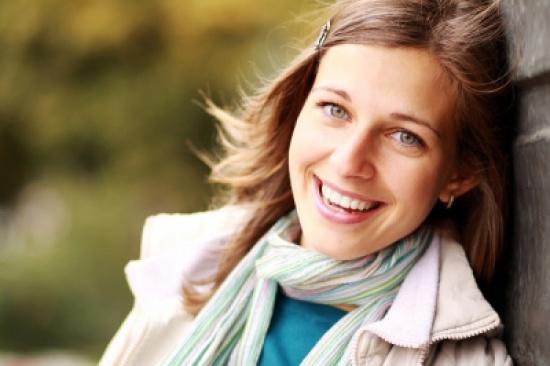 10 نصائح وإرشادات من الخبراء لأسنان بيضاء و صحية
