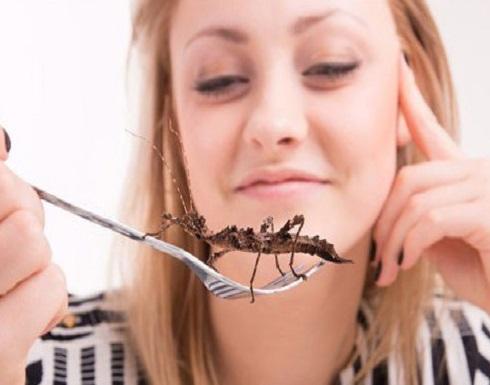 """إليكم فوائد تناول """"الصراصير"""" للصحة!"""