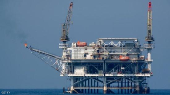 """النفط يتراجع بسبب """"الحفر الأميركي"""""""