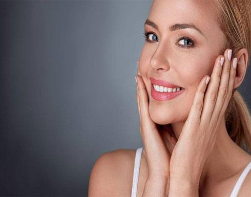 أسباب مرضية وعادات خاطئة تسبب كثافة شعر الجسم لدى النساء